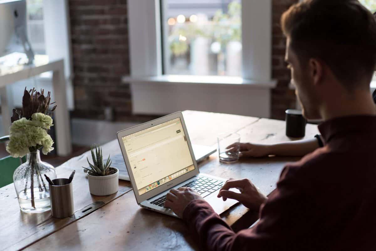 Budowanie społeczności w branży e-commerce