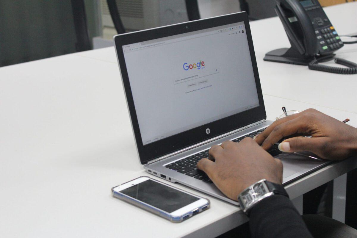 Wyszukiwanie obrazu w Google