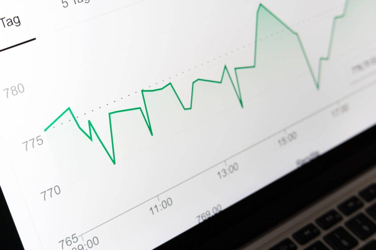 Praca analityka finansowego