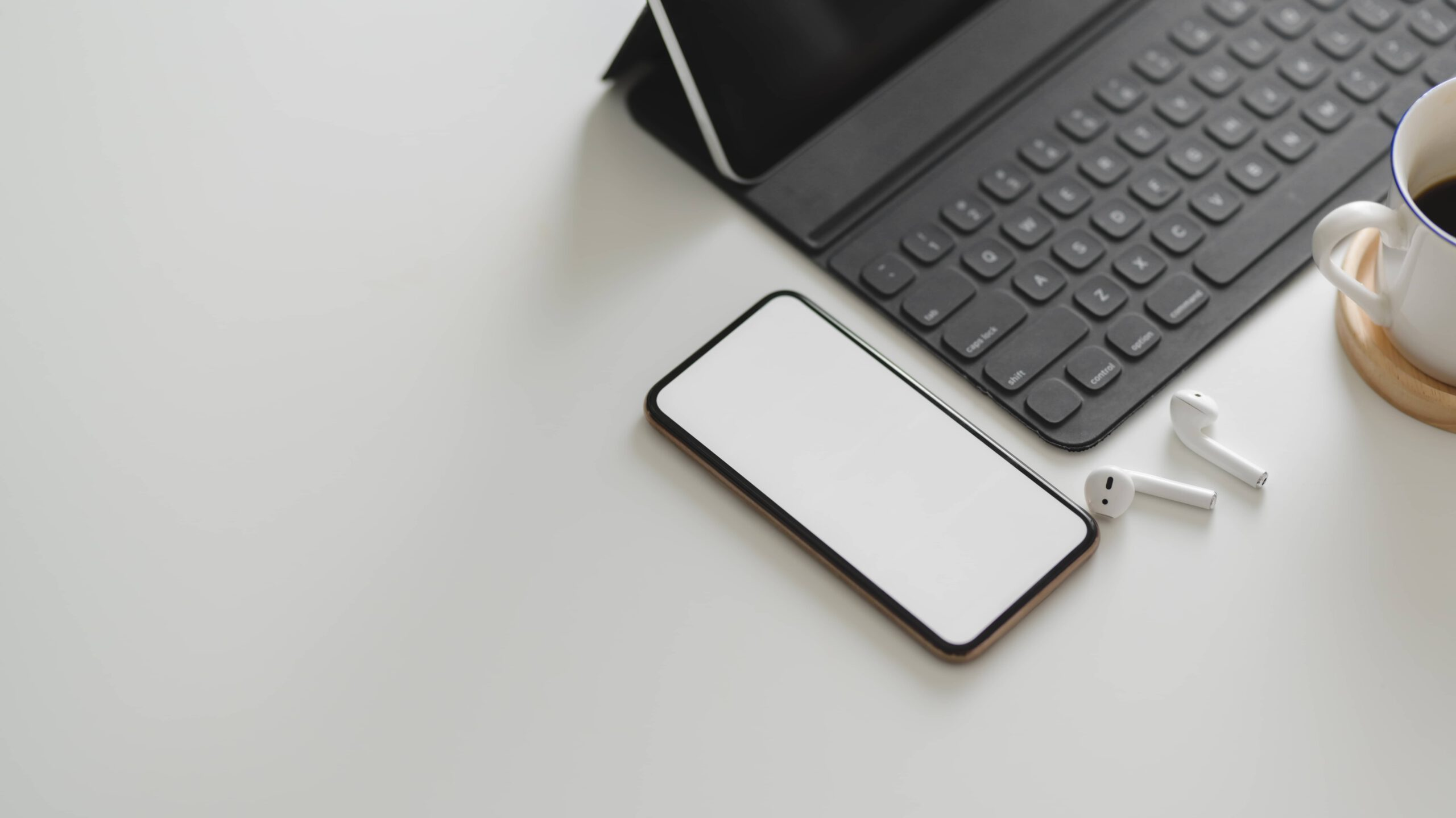 Powiadomienia PUSH na telefonie - zachęcają czy odstraszają?