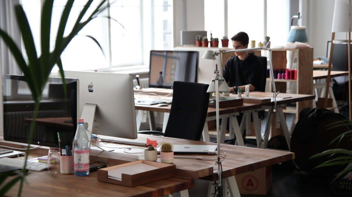 Czy lepsze jest korzystanie z jednej firmy czy z kilku?