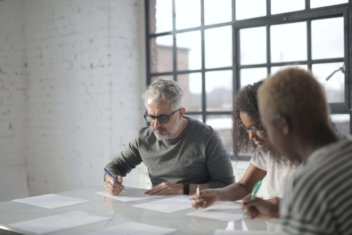 SXO pokoleniowe – czy działania SXO należy dopasować do wieku odbiorców?