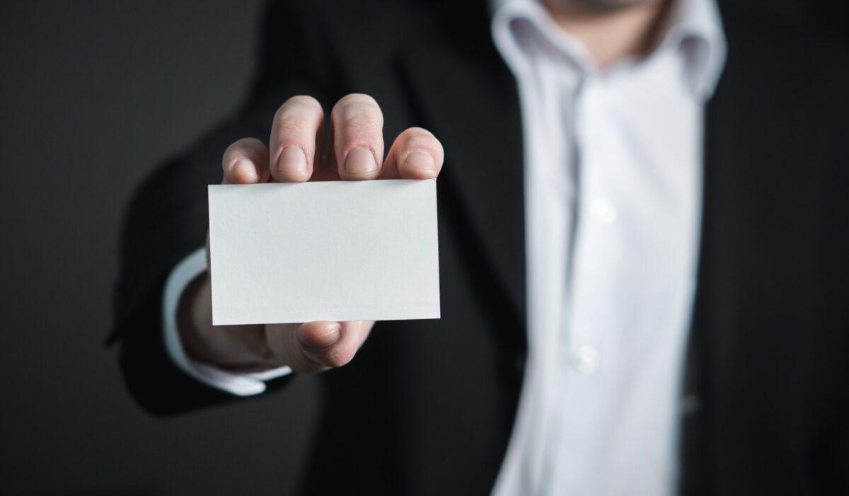 Czym jest elektroniczna wizytówka?