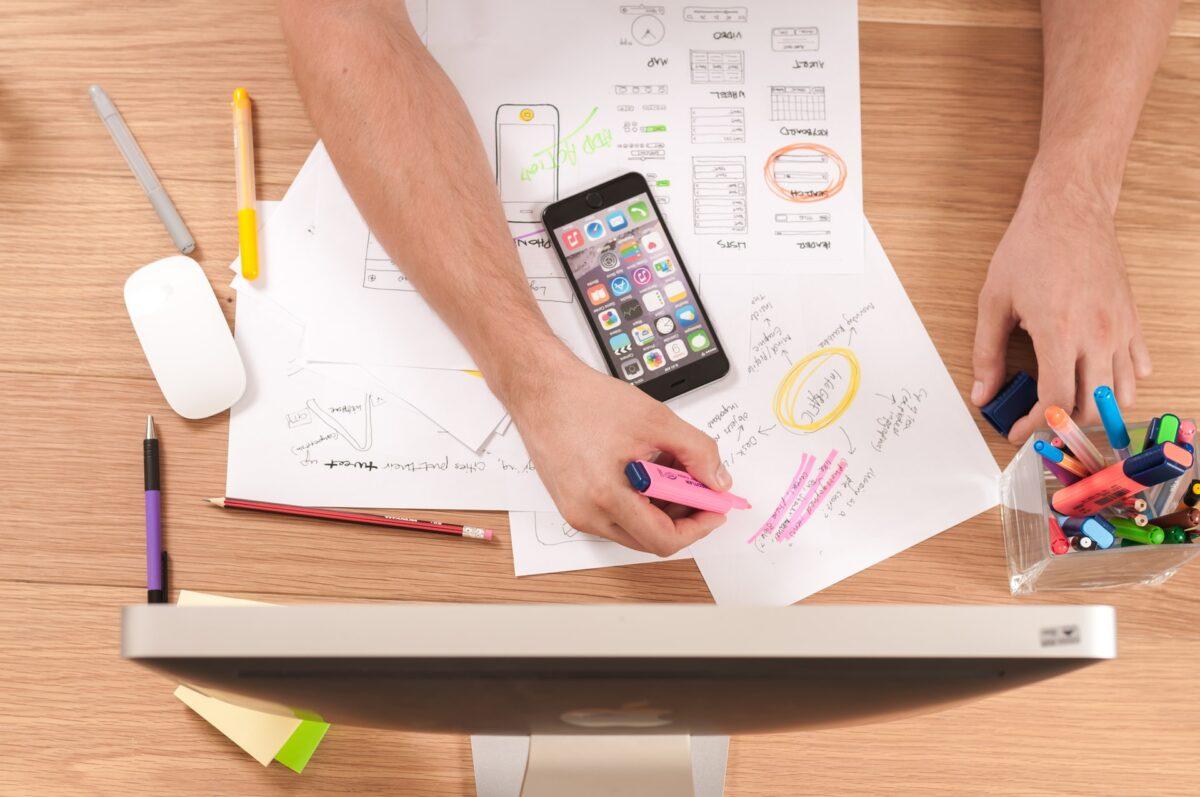 Co to jest marketing interenetowy?