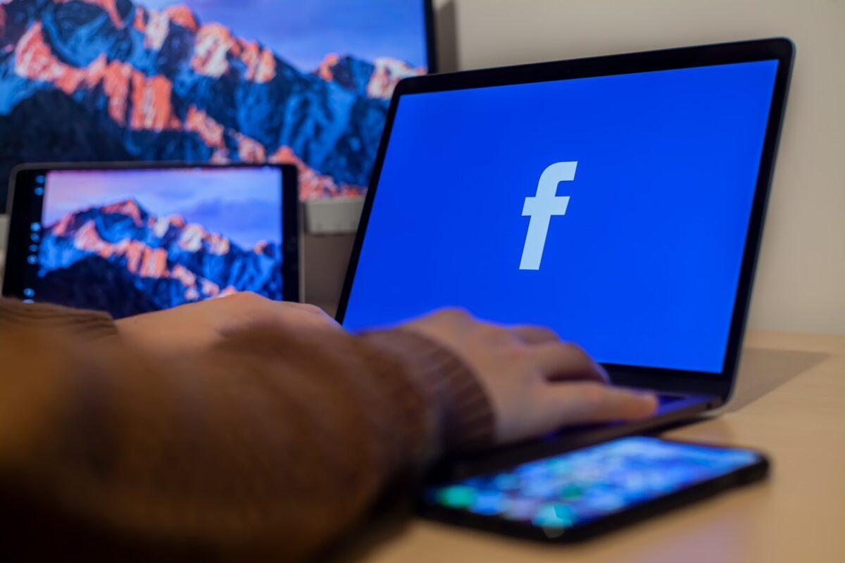 Facebook Pixel – czym jest? Jak go używać?
